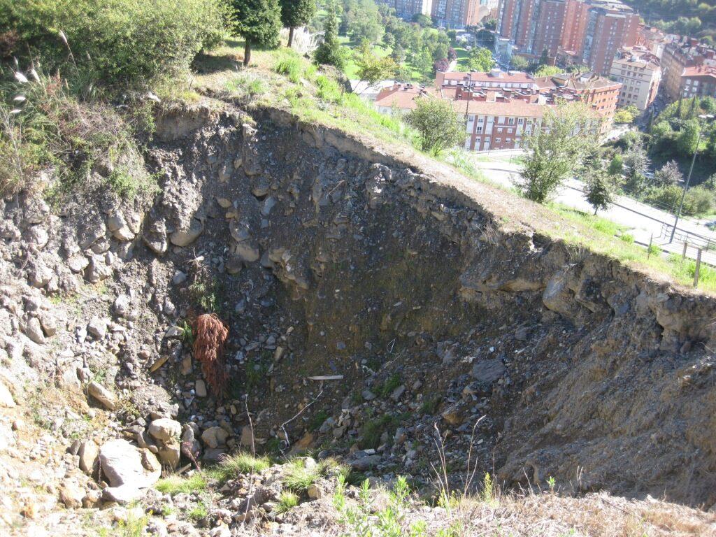 Proyecto para el paso del hundimiento de la mina